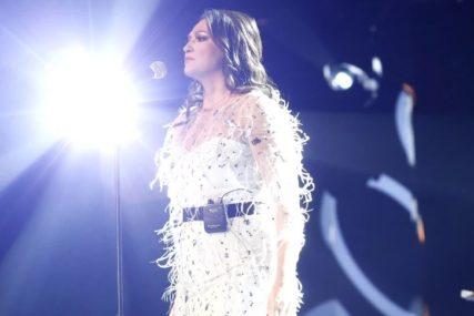 KARIJERU JE ZAPOČELA U BUTIKU Pronašao je poznati pjevač i život joj se promijenio iz korijena