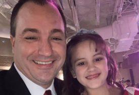 Djevojčica NIJE IMALA S KIM DA IDE NA PLES očeva i kćerki, a sve dok se nije pojavio OVAJ ČOVJEK