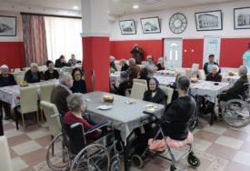 Briga za stare osobe u Gradiški: Iz budžeta 2,7 miliona za socijalne potrebe