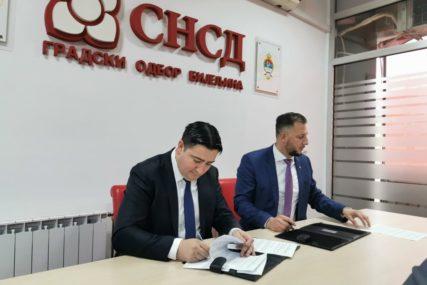 """I PDP IMA SVOG MIĆIĆA Marković potpisao sporazum sa SNSD, Borenović najavio """"adekvatne korake"""""""