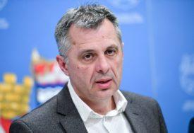 TESTIRANJE NA KORONU I IZ AUTOMOBILA Radojičić: Povećava se broj radnika u ambulantama u Banjaluci