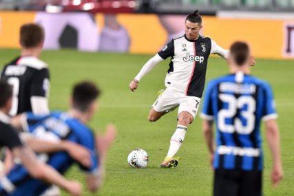 NA POMOLU TRANSFER BOMBA Ronaldo prelazi u PSŽ ili Mančester Junajted