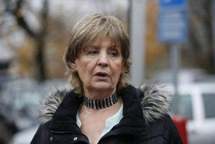 """""""Sve je bilo razbacano, a fioke otvorene"""" Lepa Lukić otkrila kako su joj pljačkaši upali u kuću dva dana pred koncert"""