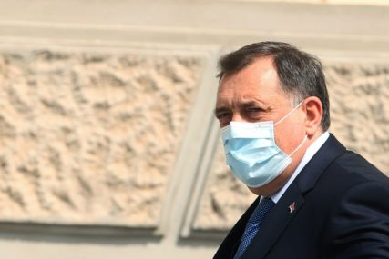 """""""SAMO NENORMALNI SE NE PLAŠE"""" Dodik poručio da je vrijeme za odgovornost"""