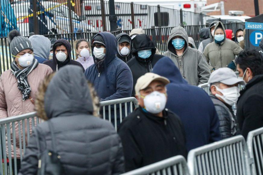 KESE ZA SMEĆE UMJESTO ZAŠTITNE OPREME Medicinari u Njujorku ovako biju bitku sa virusom (FOTO)