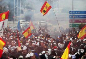 PROTESTI U ŠPANIJI Policajci traže iste plate kao i kolege iz bogatijih regiona