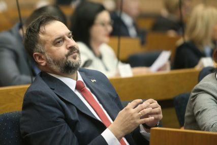 Jednoglasna odluka: Igor Žunić izabran za predsjednika gradskog odbora SNSD u Derventi