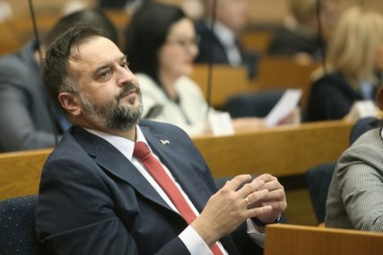 """""""POD KONTROLOM SDA"""" Žunić poručio da je sramno šta rade srpski članovi CIK"""