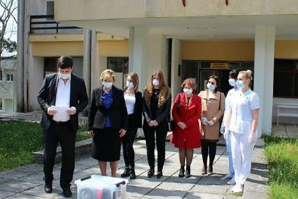 URUČENA DONACIJA HERCEGOVAČKOG KNEZA Stigao prvi respirator u trebinjsku bolnicu