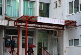 """""""TO GOVORI O POŽRTVOVANOSTI LJEKARA"""" Direktorka Doma zdravlja o fotografiji pacijenta iz Trebinja, koja je DIGLA BURU (FOTO)"""