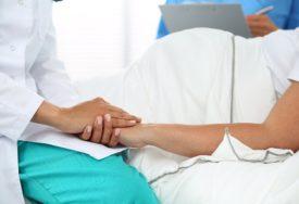 TEŽAK ISPIT Ljekari spasavaju NEROĐENU BEBU u stomaku trudnice koja je pozitivna na korona virus