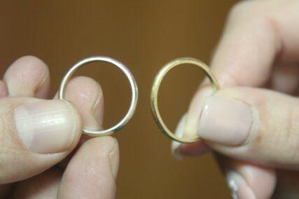 NAJVIŠE SE RAZVODE TREBINJCI U Hercegovini brakovi pucaju već u prvoj godini