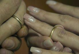 KAJU SE ZBOG SUDBONOSNOG DA Više od 100.000 razvoda obavljeno je prošle godine u OVOJ državi