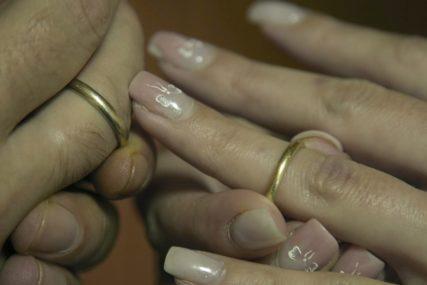 Karantin im DOŠAO BRAKA: Broj zahtjeva za razvod u ovom dijelu svijeta NAGLO JE SKOČIO