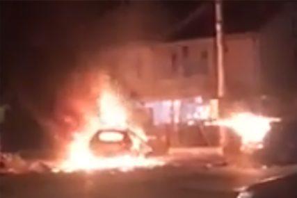 DIJELOVI PADALI 100 METARA DALJE Automobil dignut u vazduh, jedna osoba nastradala (VIDEO)