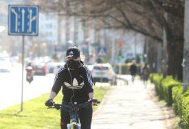 """VOZITE BICIKL, OSTANITE ZDRAVI"" Korona otkazala tradicionalnu vožnju kroz grad (FOTO)"