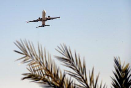 DOVOZI LJEKARE I MEDICINSKU POMOĆ Avion jutros krenuo iz Kine ka Srbiji, a drugi poletio za Šangaj