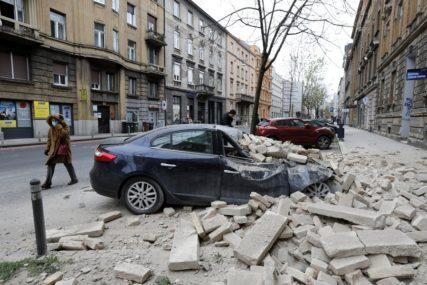 UVIJEK IMA KUPACA Na automobilu uništenom u zemljotresu u Zagrebu osvanula NEOBIČNA PORUKA