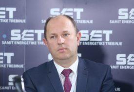 PROMJENE U ELEKTROPRIVREDI RS Petrović: Od aprila uspostavljanje javnog snabdijevanja