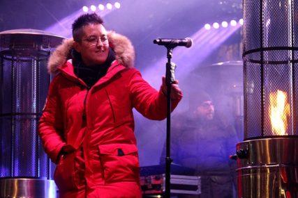 """""""PJEVAĆU DOK NE SKUPIMO PARE"""" Marija održava poseban koncert, a RAZLOG ĆE VAS ODUŠEVITI"""