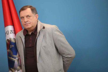 U SRPSKOJ OD VEČERAS POLICIJSKI ČAS Dodik: Nema izlaziti iz kuće poslije 20 časova, kazne 500 KM
