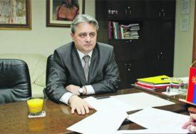 OSUMNJIČEN ZA PRIMANJE MITA OD 10.000 EVRA Direktoru Infrastruktura Željeznice produžen pritvor