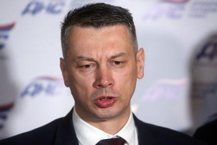 """""""NIJE PROBLEM U AKTIMA, VEĆ LJUDIMA"""" Nešić o Narodnoj skupštini i novom poslovniku"""
