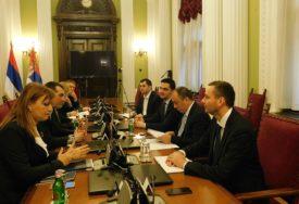 Delegacije parlamenta Srpske i Srbije o razmjeni iskustava u procesu evropskih integracija