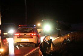 TRAVNIK ZANIJEMIO OD TUGE Trinaestogodišnja djevojčica okliznula se i pala sa osmog sprata