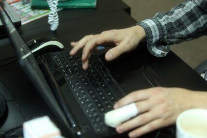 Bezbjednost u ONLAJN SVIJETU: Mladi izloženi nasilju na internetu