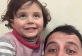 DIRNULA CIJELI SVIJET Djevojčica koja se smijala bombama sada je NA SIGURNOM (VIDEO)