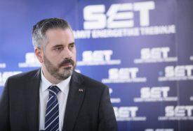 """ZAVRŠENA AKCIJA """"1.000 ZA BUDUĆNOST"""" Podijeljeni računari osnovcima u Srpskoj"""