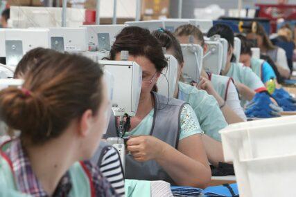 RIZIKOVATI KORONU ILI UMRIJETI OD GLADI Čeka li radnike u Srpskoj epidemija otkaza