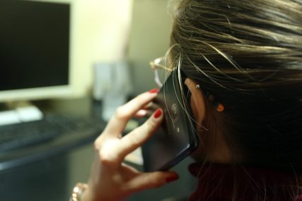 STRAH OD VRAĆANJA NA STARO Telefoni psihologa se ponovo USIJALI
