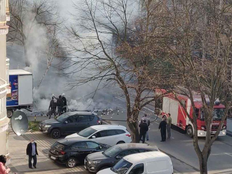 NEOBIČNA SITUACIJA Na ulici u Doboju gorio kamion sa TOALET PAPIROM