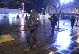 PREKRŠILI POLICIJSKI ČAS Policija sinoć u Srpskoj KAZNILA 56 građana zatečenih na ulici