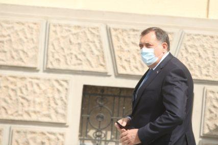 POMOĆ VELIKA STVAR Dodik: Dok je Srbije biće i Srpske i to želim da prenesem svim ljudima
