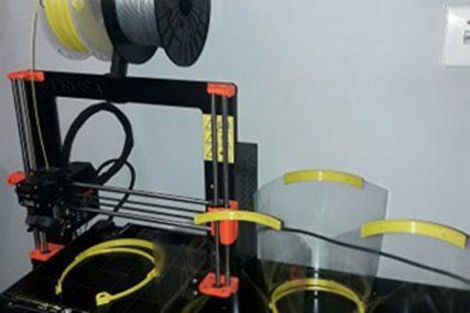 HUMANA AKCIJA Bibliotekari iz Zvornika prave 3D vizire za zdravstvene radnike