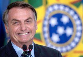 """""""ZAO MI JE NEKI LJUDI ĆE UMRIJETI"""" Predsjednik Brazila korona virus smatra malom gripom"""