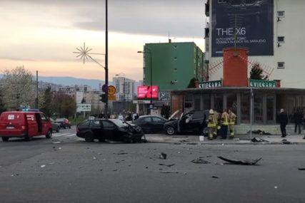 KARAMBOL U SARAJEVU U teškoj nesreći povrijeđeno pet osoba, a dvije su životno ugrožene (VIDEO)