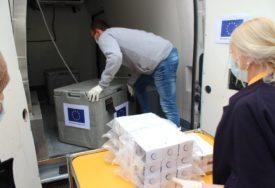 DIO DOBIO I IJZ RS Isporučeno prvih 2.500 testova na virus korona koje je finansirala EU