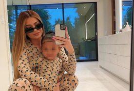 """""""KAO ČUDOVIŠTE"""" Ovako najmlađa milijarderka izgleda BEZ FOTOŠOPA I ŠMINKE (FOTO)"""
