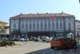 NORMALIZACIJA ŽIVOTA U KOZARSKOJ DUBICI Rasformirali štab, očistili karantin i proradio vrtić