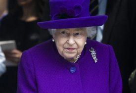 TVRDE DA JE OVO KRAJ NJENE VLADAVINE Da li je kraljica nakon 70 godina odustala od trona