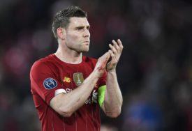 Milner nastavio sa ČUDNIM PONAŠANJEM u karantinu: Fudbaler Liverpula PERE KAMENČIĆE (VIDEO)