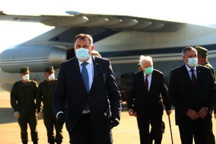 """""""OVO NIJE KRAJ POMOĆI"""" Dodik tvrdi da se očekuje još pošiljki iz Rusije, ali i iz Mađarske"""