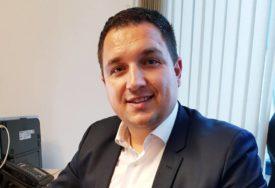 NJEGOVO ŠKOLOVANJE PODIGLO PRAŠINU Lučić: Razred sam ponavljao zbog bronhitisa i nesreće