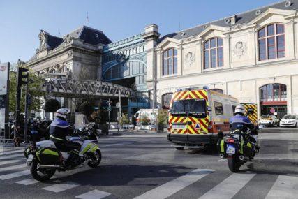 KRVAVI PIR ISPRED PEKARE U napadu nožem ubijene dvije osobe