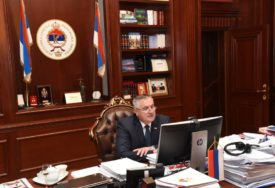 NA POTEZU PREDSJEDNICA Rukovodstvo Srpske o izgradnji auto-puteva i kreditu Svjetske banke