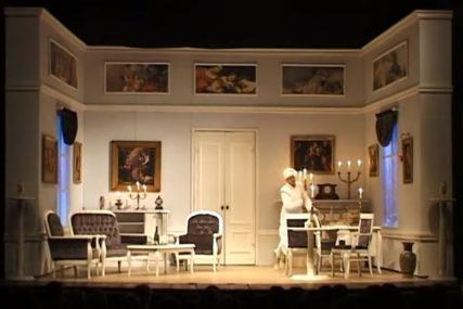 "Onlajn teatar uz SRPSKAINFO: Večeras na repertoaru ""Revizor"" NPRS (VIDEO)"